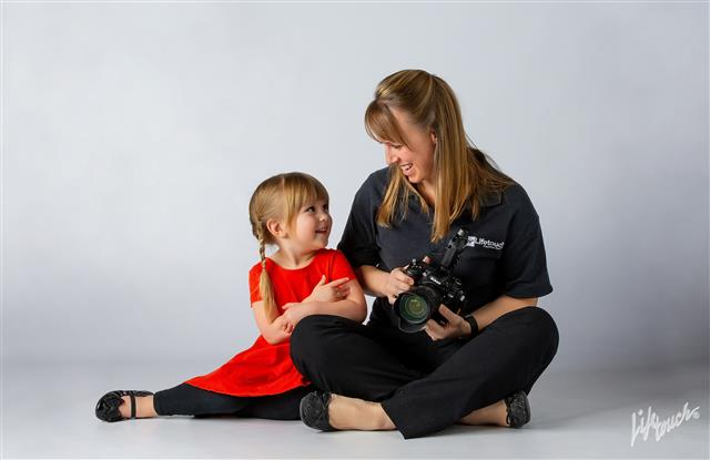 Expert Photographer Tips for Getting Small Kids to Smile